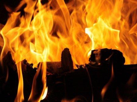 В Ростовской области горит рынок