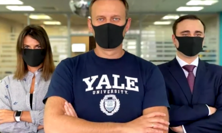Фейки про коронавирус нужны Навальному из-за денег – а как вы догадались?