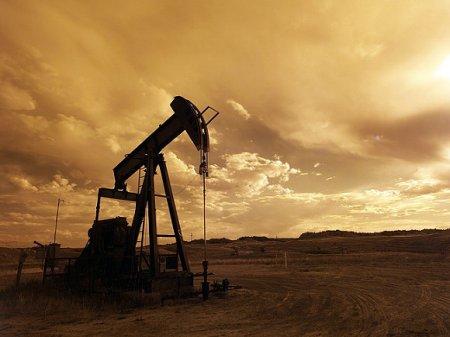 Цена нефти Brent опустилась ниже $27