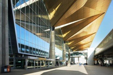 Аэропорт «Пулково» сократил режим работы