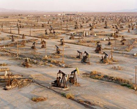 Нефтяники США уже останавливают добычу из-за отсутствия заказов