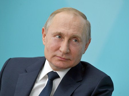 В Сети появилась петиция с призывом присвоить Путину статус «отца нации»