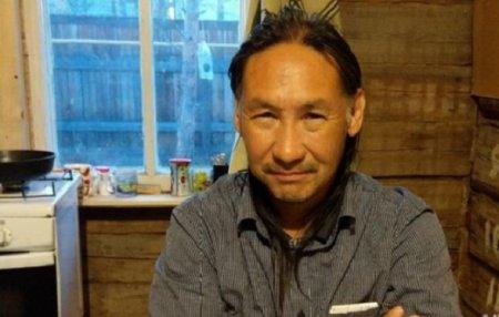 Якутский шаман провел магический ритуал и пообещал наступление полной свободы