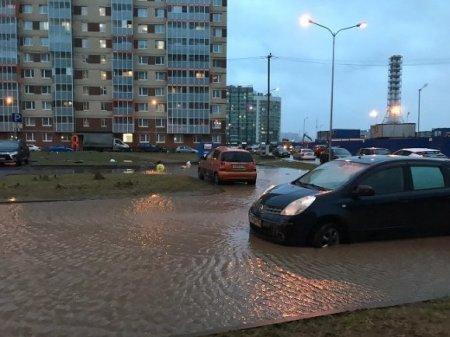 Нижний Новгород затопило «тропическим» ливнем (фото)