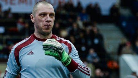 Александр Филимонов возмутился сокращением зарплат футболистам