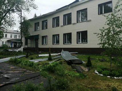 Ветер повредил в Курской и Белгородской областях кровли более 20 зданий