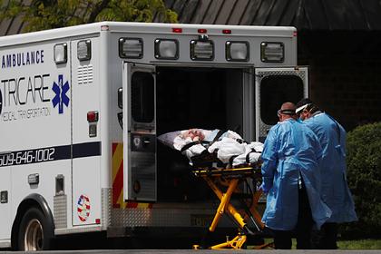 За сутки в США скончались более 1100 зараженных коронавирусом