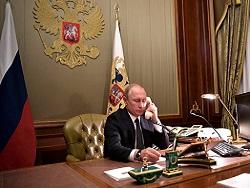 Путин заявил Макрону, что считает Навального симулянтом и тот принял яд сам