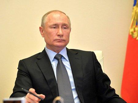Путин думает о прививке от коронавируса