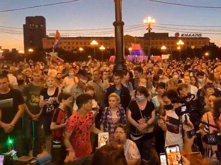 Хабаровчанке грозит 15 суток за участие в акциях в защиту Фургала