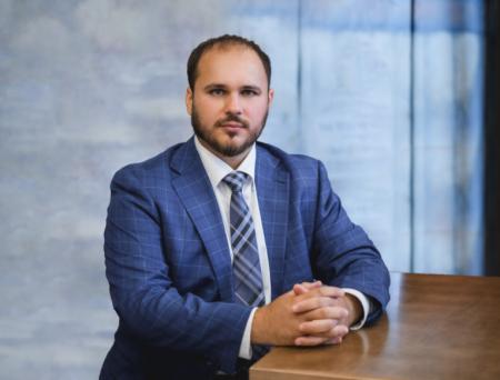 Николай Неплюев, экс-директор по экономике и финансам в «Тольяттиазот»: рейтинг лидеров брокерских услуг