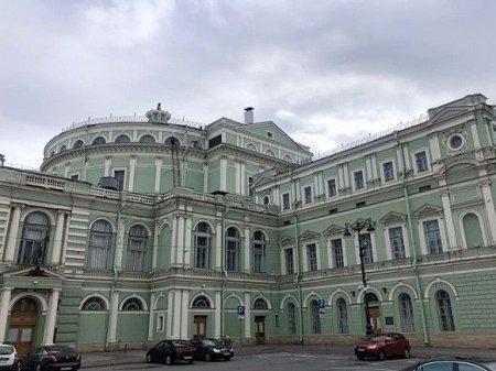 Фотограф из Мариинского театра после увольнения распродает уникальные архивы