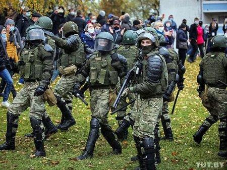 Число задержанных на акциях в Белоруссии превысило 200 человек