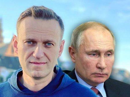 В России начались акции за Навального— в Хабаровске люди скандировали «Долой царя!» и попали под дубинки ОМОНа (видео)