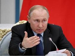 Путин объяснил отказ от вакцинации под камеры нежеланием обезьянничать