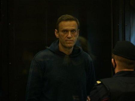 Во ФСИН пояснили, за что Навальный получил выговоры