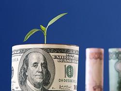 Россия начала отказываться от доллара