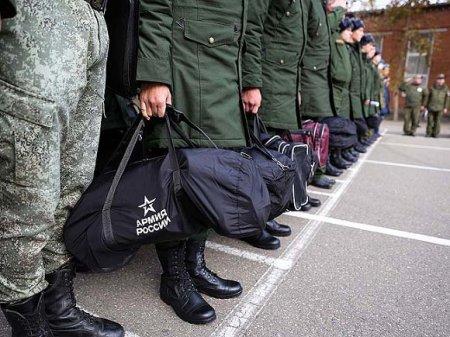 Минобороны: Коронавирус не освобождает от призыва в армию