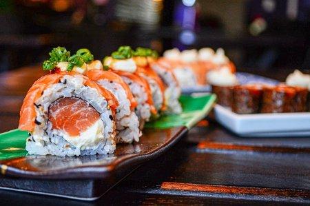 Забота о себе должна быть вкусной. Почему стоит прямо сейчас заказать суши