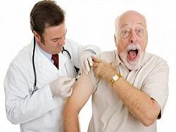 Мурашко поручил составить списки пожилых людей для вакцинации