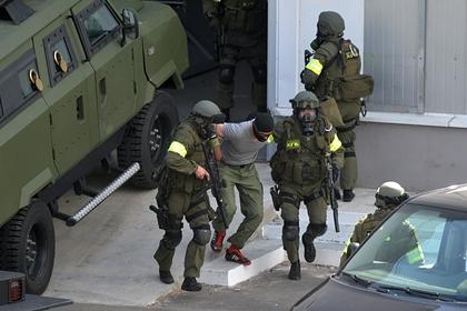 В Белоруссии рассказали о поставках оружия из Украины для местных радикалов