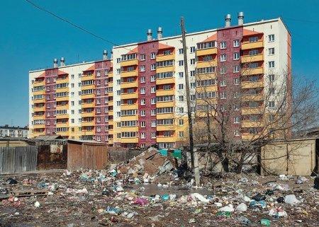 В Петербурге мигранты, намусорив, избили мужчину за сделанное замечание