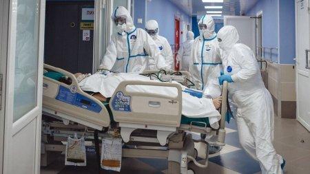 В Ростовской области лекарств от коронавируса осталось всего на две недели