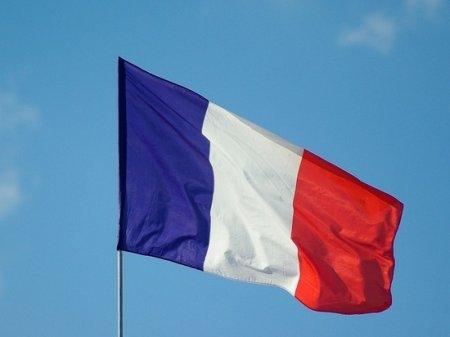 Франция впервые в истории отозвала своих послов из Австралии и США