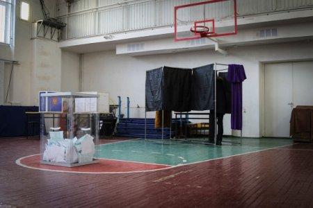 К полудню третьего дня голосования в Ленобласти проголосовала почти треть избирателей