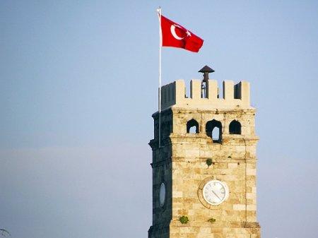 В провинциях Турции прошли антитеррористические рейды, 543 задержанных