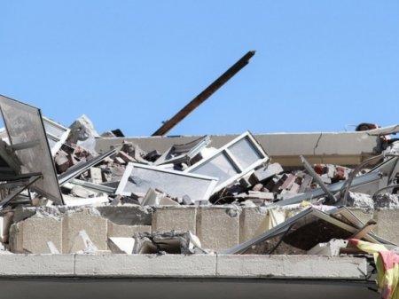 Число жертв разрушительного землетрясения в Иране превысило 500 человек