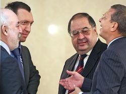 Экономическая стратегия России: олигархам – все, Васе с Петей – ничего