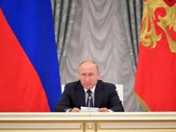 """Путин поблагодарил """"мировую футбольную семью"""" за помощь в организации ЧМ-2018"""