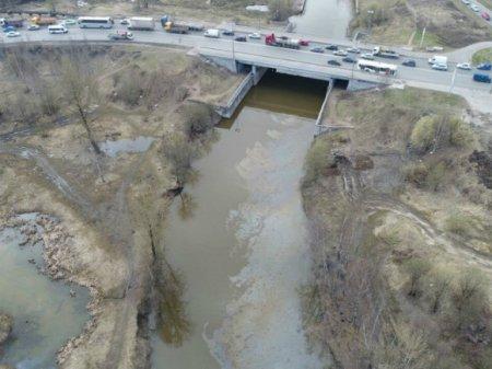 Реку Славянку вновь загрязнили