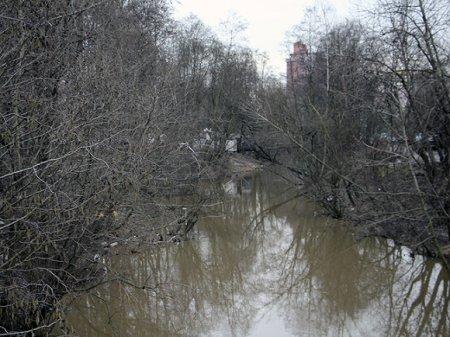 Петербуржцы забили тревогу из-за загрязнения реки Оккервиль