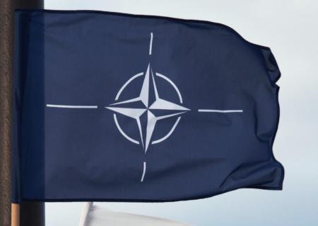 В НАТО заявили о готовности к политическому диалогу с Россией