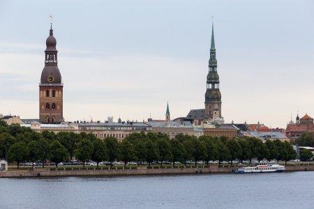 Латвия теряет основу экономики из-за политики в отношении РФ