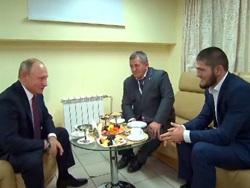 Путин встретился с Нурмагомедовым: Можем все прыгнуть, мало не покажется!